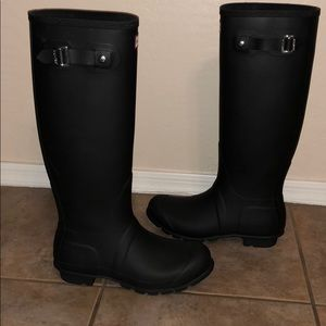 Hunter Tall Matte Boot Wellies Shoes sz 8 Black